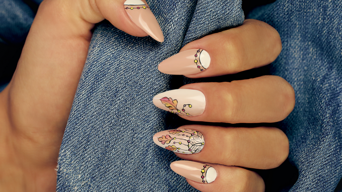 Dreamcatcher Nail Art Design