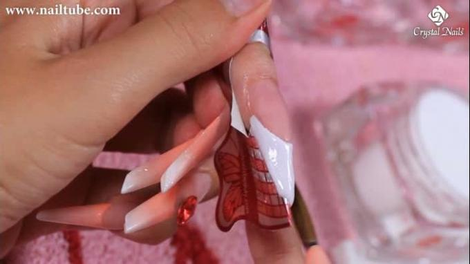 Stiletto nail with acrylic