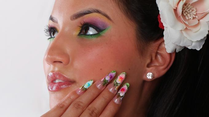 Tropical flower- nail art decoration
